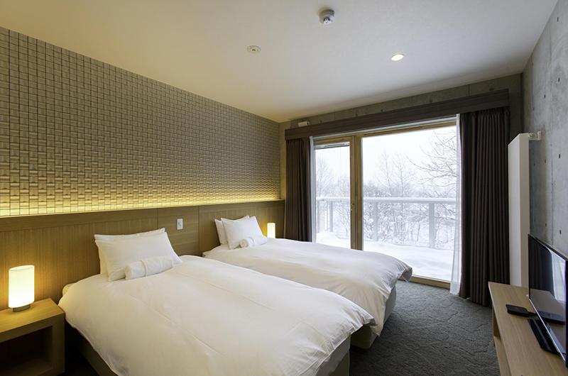 Mizunara Twin Bedroom | Hirafu, Niseko