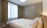 Mizunara Small Space Bedroom | Hirafu, Niseko