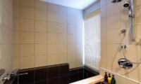 Mizunara Marble Bathtub | Hirafu, Niseko