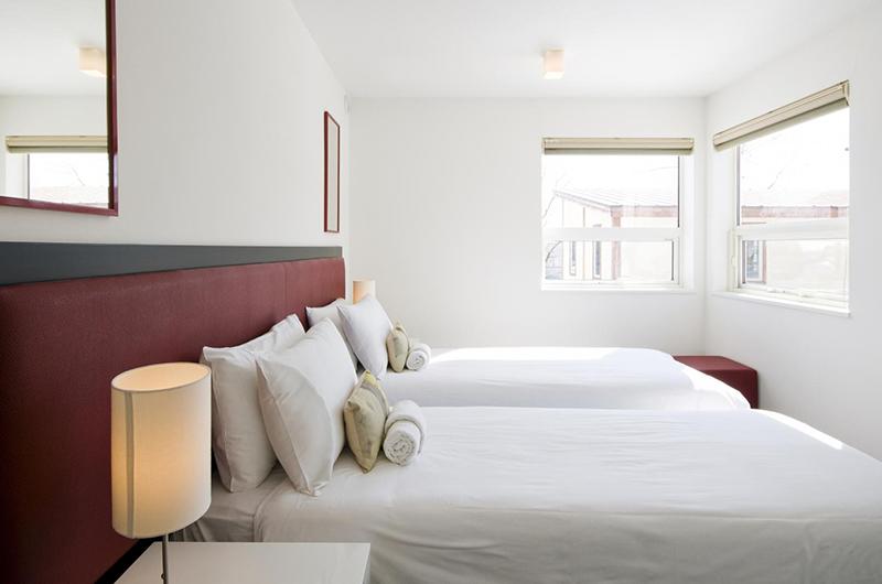 Yamabiko Twin Bedroom | Hirafu, Niseko