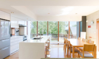 Yuuki Toride Kitchen and Dining Room | Hirafu, Niseko