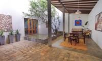 Saffron & Blue Lounge | Kosgoda, Sri Lanka