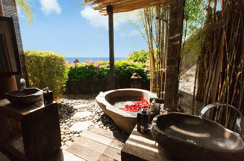 Hidden Hills Villas Villa Raja Outdoor Bathtub | Uluwatu, Bali