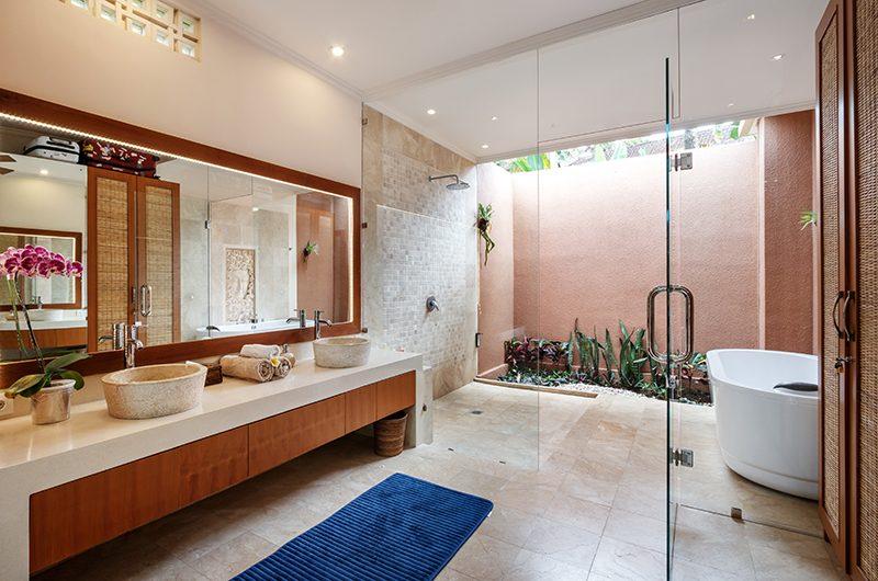 Villa Kembar Bathroom with Shower | Ubud, Bali