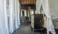 Villa Keong Bedroom with Mirror | Tabanan, Bali