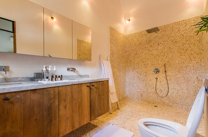 Villa Nehal Bathroom with Shower | Umalas, Bali