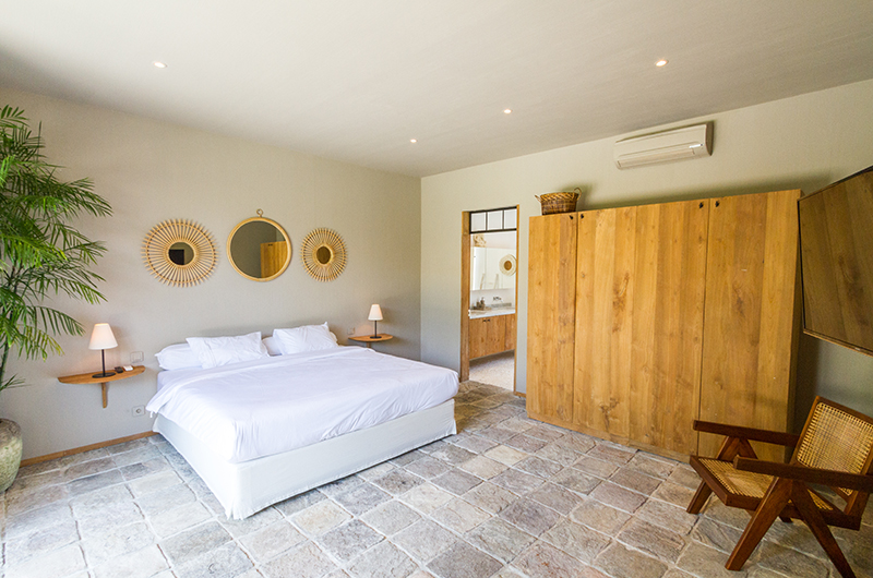 Villa Nehal Bedroom with Seating | Umalas, Bali