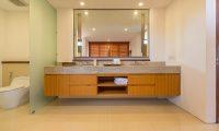 Villa Rusa Biru Bathroom Area | Canggu, Bali