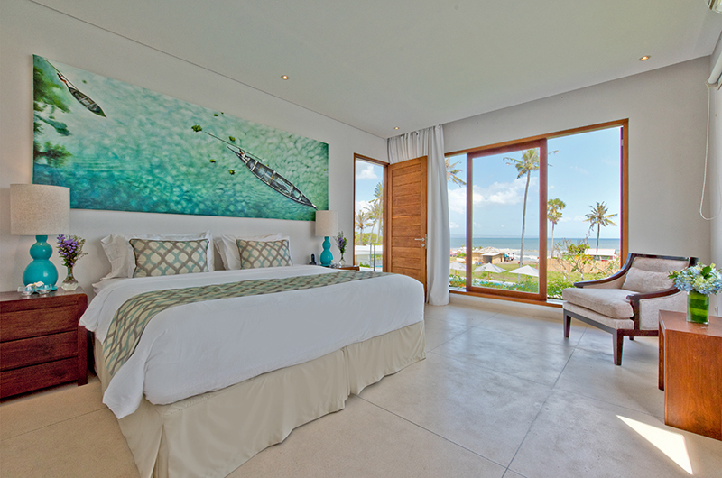 Villa Shaya Bedroom with Seating | Canggu, Bali