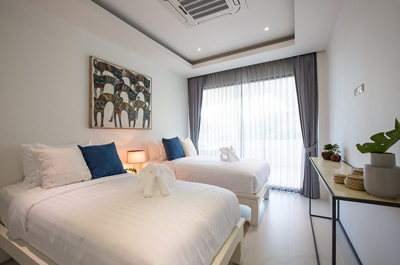 Azure Waters Twin Bedroom | Maenam, Koh Samui