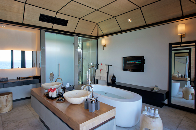 Lily Beach Resort Bathtub Area | South Ari Atoll, Maldives