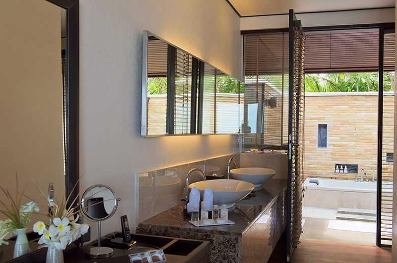 Lily Beach Resort Bathroom | South Ari Atoll, Maldives