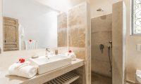 Villa Yenmoz Bathroom One | Marrakech, Morocco
