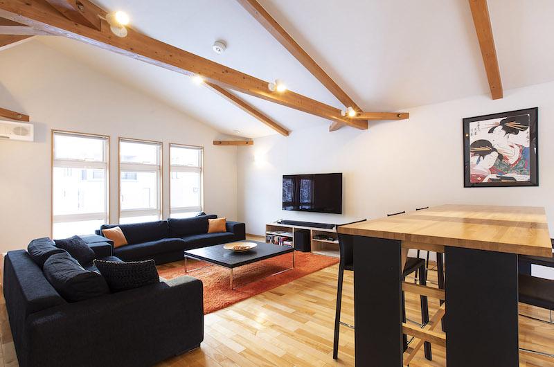 Casi 67 West Living Room | Hirafu, Niseko