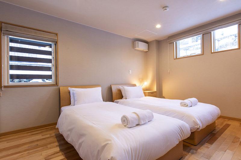 Casi 67 West Single Bed | Hirafu, Niseko