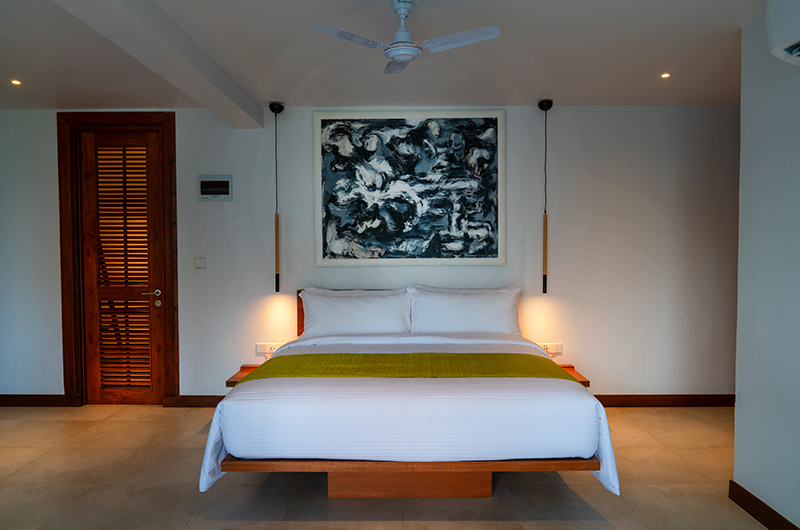 Villa Sielen Diva Eli Kunji Bedroom with Lamps | Talpe, Sri Lanka