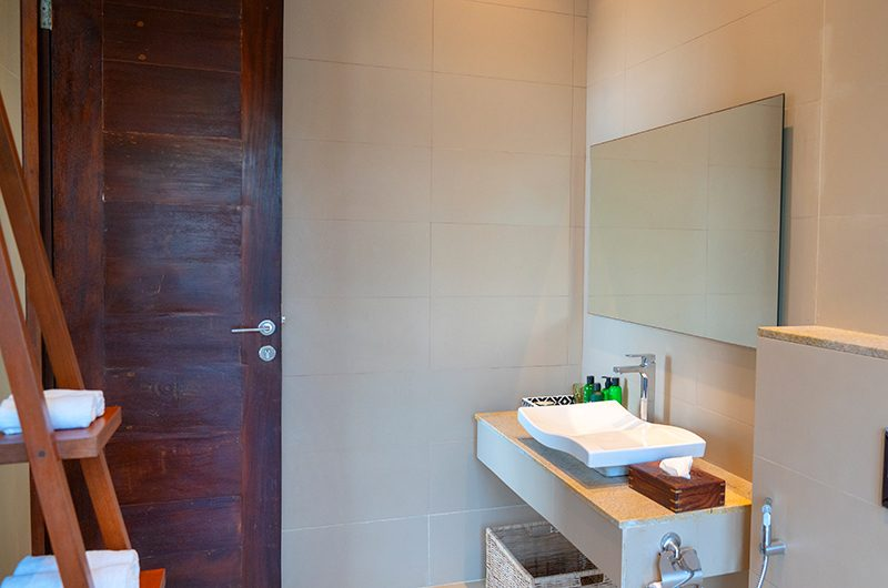 Villa Sielen Diva Monara Bedroom Bathroom | Talpe, Sri Lanka