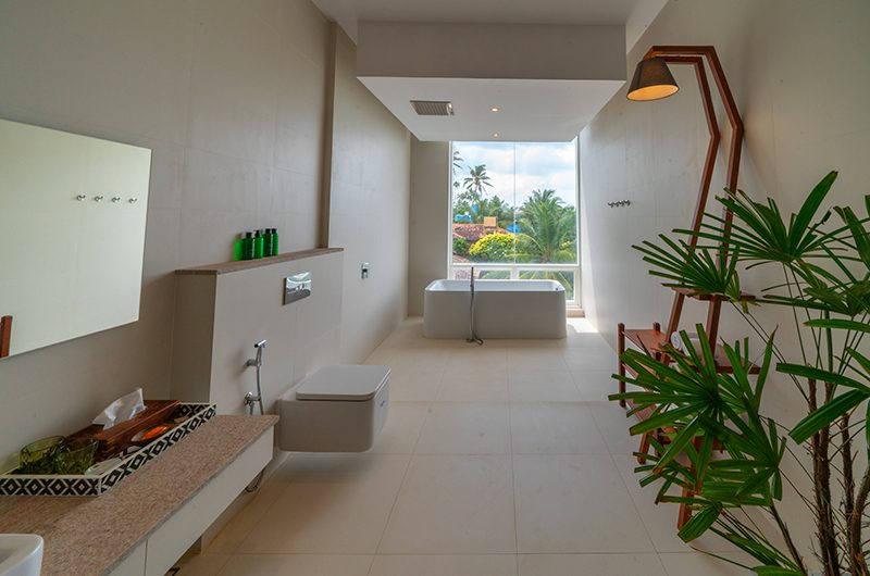 Villa Sielen Diva Yanai Bedroom Bathroom Area | Talpe, Sri Lanka
