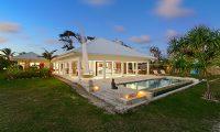 Villa Anouska Night View Pool | Efate, Vanuatu
