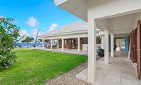 Villa Anouska Garden Area | Efate, Vanuatu