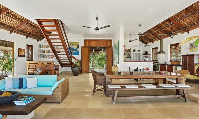 Villa Sarangkita Dining Area | Efate, Vanuatu