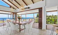 Villa Senang Masari Dining Table | Efate, Vanuatu