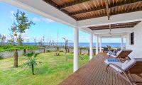 Villa Senang Masari Garden Area | Efate, Vanuatu