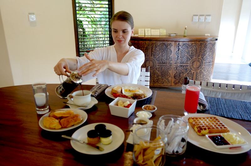 Bali Seminyak Villa Kubu Breakfast