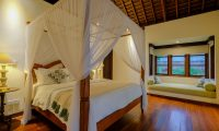 Umah Tenang Bedroom with Seating | Seseh, Bali