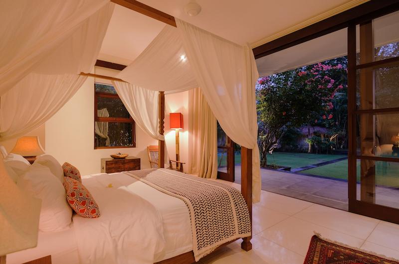Umah Tenang Bedroom   Seseh, Bali