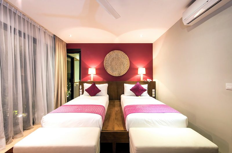 Villa Anahit Twin Bedroom with Lamps | Ungasan, Bali