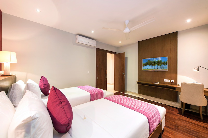 Villa Anahit Twin Bedroom with TV | Ungasan, Bali