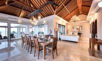 Villa Anahit Dining Table | Ungasan, Bali