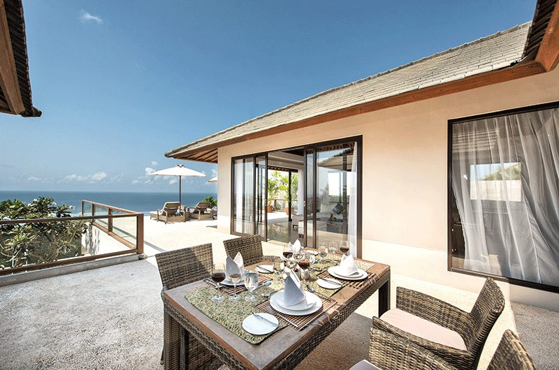 Villa Feronia Outdoor Dining Table | Ungasan, Bali