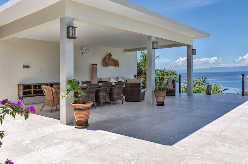 Villa Gumamela Outdoor Dining Area | Candidasa, Bali