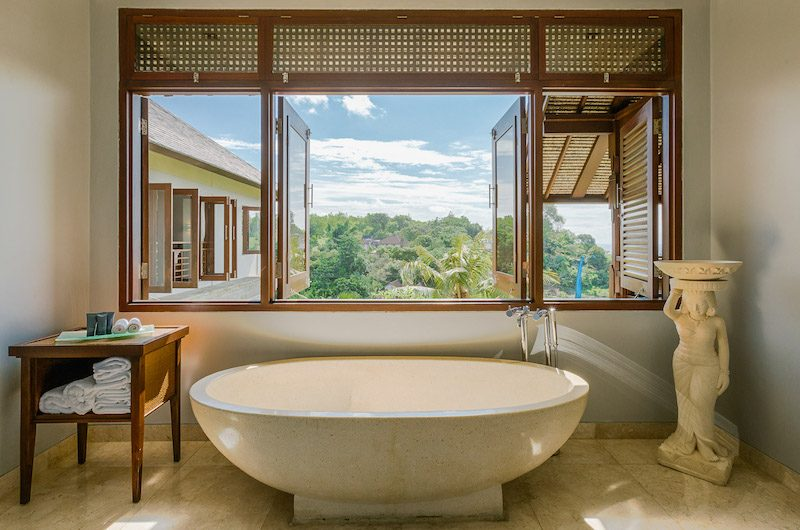 Villa Impian Manis Bathtub | Uluwatu, Bali