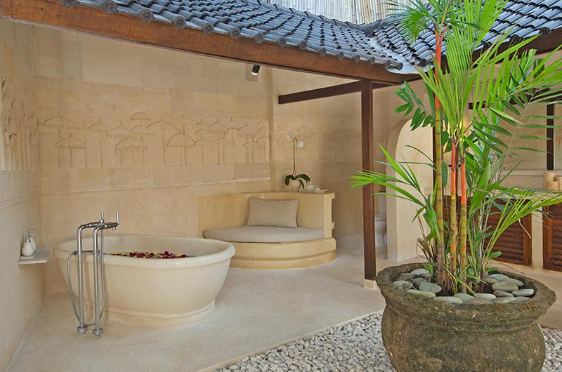 Villa Kubu 1 Bathtub | Seminyak, Bali