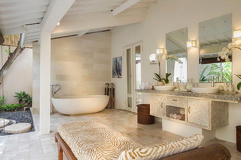 Villa Kubu 15 Bathtub | Seminyak, Bali