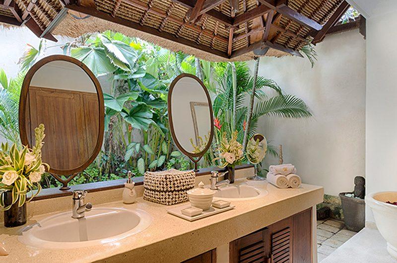 Villa Kubu 3 Bathroom | Seminyak, Bali