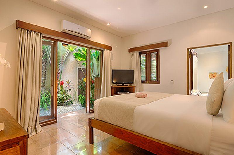 Villa Kubu 3 Bedroom with TV | Seminyak, Bali