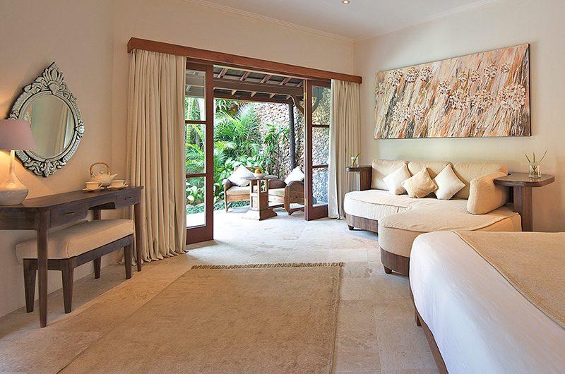 Villa Kubu 6 Study Table | Seminyak, Bali