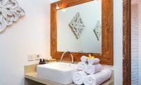Villa Maya Canggu Bathroom | Canggu, Bali