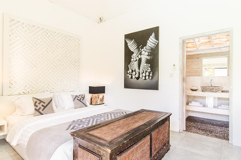 Villa Sukacita Bedroom with Lamps | Seminyak, Bali