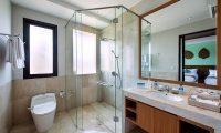 Villa Yamuna Shower | Ungasan, Bali