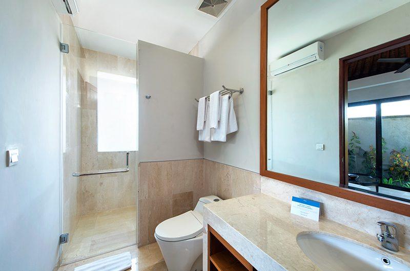 Villa Yamuna Bathroom with Shower | Ungasan, Bali