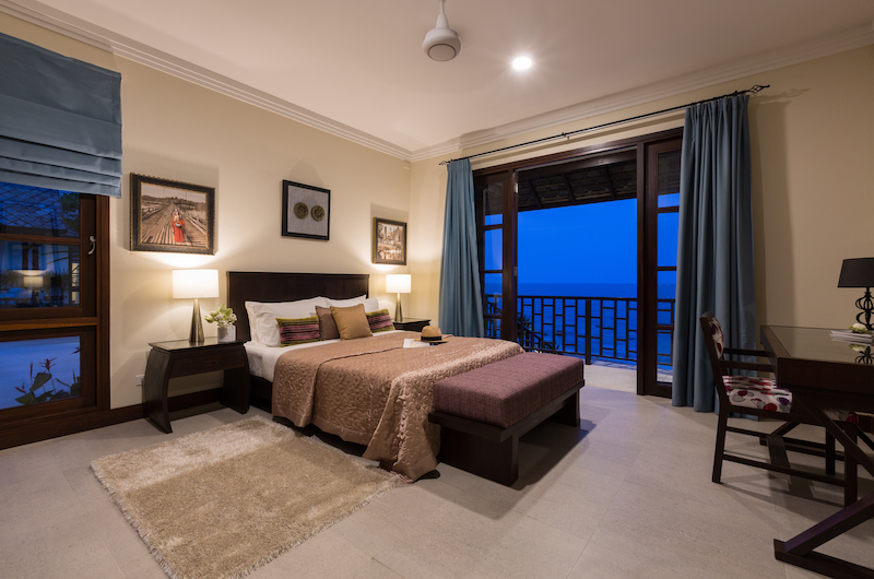 The Beach House Bedroom with Study Table | Chaweng, Koh Samui