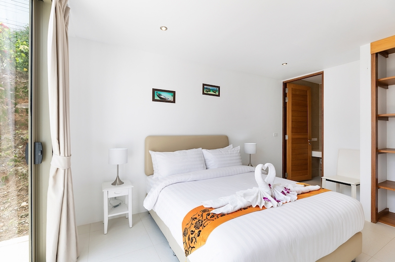 Villa Pearl Bedroom Area with Lamps | Bophut, Koh Samui