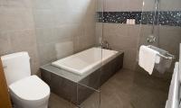 Hachi Bathroom One | Hakuba, Nagano