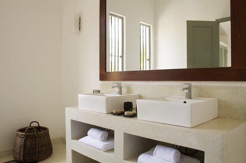 Wijaya Giri Bathroom Area | Koggala, Sri Lanka