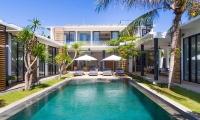 Canggu Beachside Villas Villa Vida Pool | Canggu, Bali